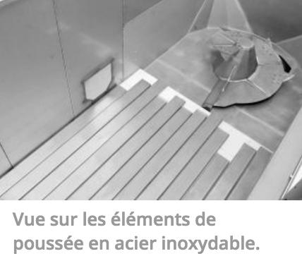 Vue sur les éléments de poussée en acier inoxydable.