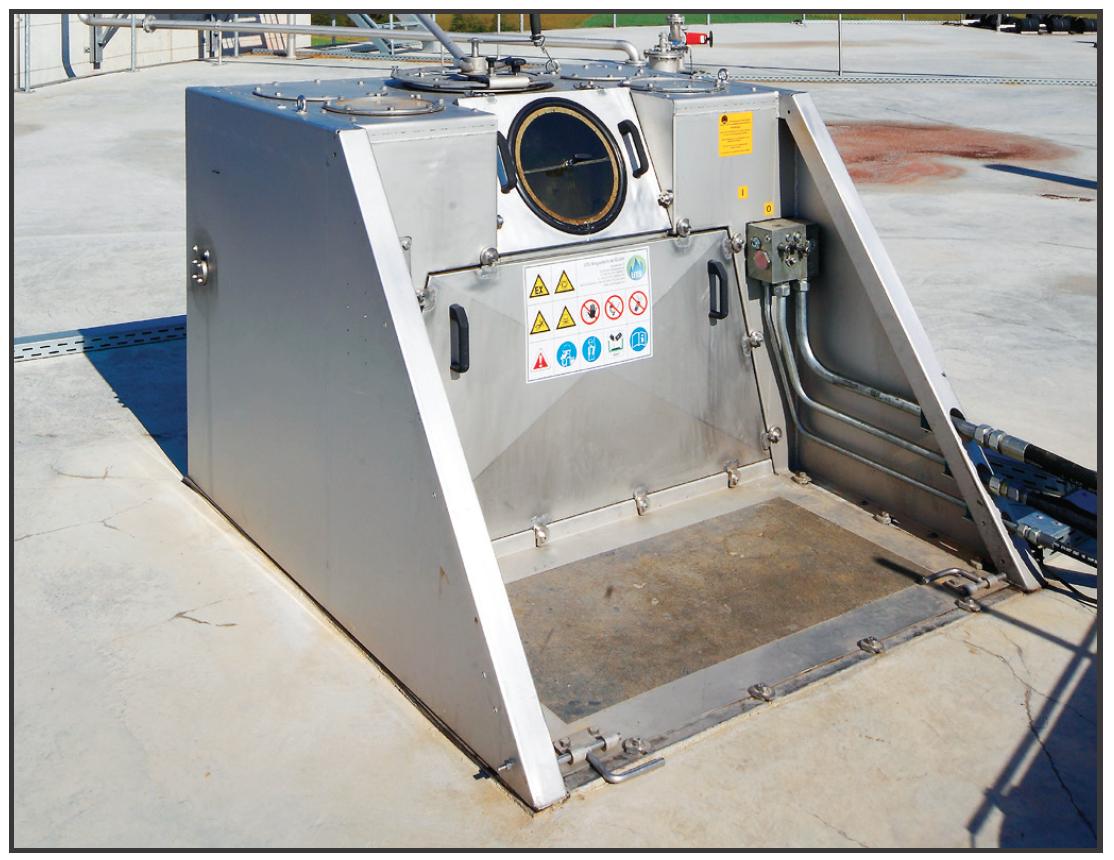 ANAERGIA – Exemple de boîte de service des agitateurs pour matières solides avec boîte de service